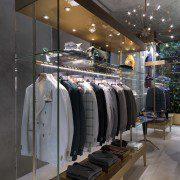 La nuova boutique Lubiam in via della Spiga